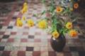 Картинка желтые, цветы, лепестки, ваза
