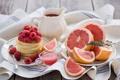 Картинка оладьи, соус, грейпфрут, малина, ягоды