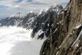 Картинка холод, снег, горы, обрыв, скалы, вершины