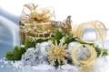 Картинка Подарок, золотая, шары, лента, снежинка, ветка, 1920х1200