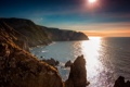 Картинка море, солнце, блики, скалы