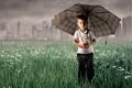 Картинка грусть, дождь, зонт, мальчик