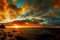 Картинка море, небо, солнце, облака, закат, камни, побережье