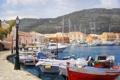 Картинка море, холмы, дома, картина, яхты, лодки, фонари
