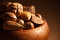 Картинка фон, орехи, миндаль, фундук, плошка, лесные, грецкие