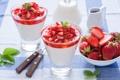 Картинка молоко, клубника, десерт, листики