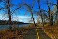 Картинка дорога, осень, деревья, пейзаж, природа, река, фото