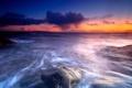 Картинка море, небо, тучи, камни, рассвет, горизонт, scotland