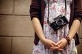 Картинка девушка, фон, фотоапарат