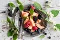 Картинка черника, ежевика, жасмин, фруктовый салат