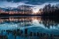 Картинка деревья, озеро, рассвет, городок, поселок
