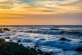 Картинка море, волны, небо, облака, шторм, камни, горизонт