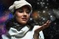 Картинка девушка, снег, звёзды, шарфик, пальто, кепи