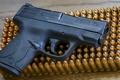 Картинка пистолет, оружие, патроны, Smith & Wesson, Shield 9mm