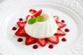 Картинка сладость, тарелка, мята, десерт, дольки, джем, клубники