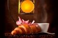 Картинка кофе, кофейные зерна, аромат, coffee, круассаны, pink flowers, croissants
