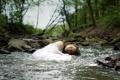 Картинка лес, девушка, река, настроение