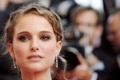 Картинка взгляд, прическа, блондинка, Natalie Portman, натали портман, сережки