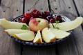 Картинка wallpaper, еда, фрукты, яблоко, дыня, widescreen, фон