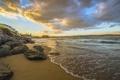 Картинка песок, камни, пляж, пейзаж, дома, море