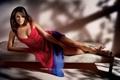 Картинка модель, макияж, платье, актриса, туфли, Elizabeth Hurley, Элизабет Херли