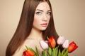 Картинка взгляд, портрет, тюльпаны, beautiful