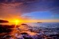 Картинка море, солнце, камни, берег