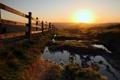 Картинка закат, пейзаж, забор, дорога