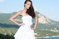 Картинка небо, девушка, лицо, белое, волосы, фигура, платье