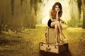Картинка девушка, актриса, брюнетка, сериал, Рэйчел Билсон, сидит, Rachel Bilson
