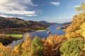 Картинка лес, осень, река, облака, деревья, остров, горы