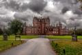 Картинка дорога, осень, трава, тучи, замок, пасмурно, Шотландия