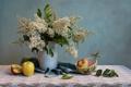 Картинка белая, яблоки, букет, фрукты, сирень, натюрморт, ваза