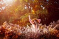 Картинка зелень, трава, девушка, природа, волосы, размытость