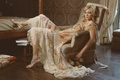 Картинка модель, кресло, платье, девушка, amy smart, актриса, блондинка