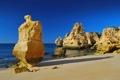 Картинка песок, море, скалы, солнечно, глыбы