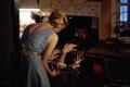 Картинка девушка, руки, кухня, плита