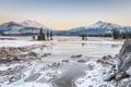 Картинка зима, снег, деревья, горы, природа, река, США