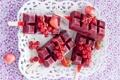 Картинка ягоды, клубника, мороженое, черешня, красная смородина
