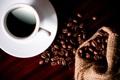 Картинка стол, кофе, зерна, чашка, белая, блюдце, мешочек