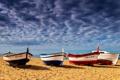 Картинка песок, море, пляж, облака, берег, лодки