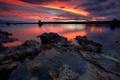 Картинка закат, озеро, камни, зеркало