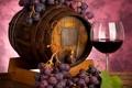 Картинка ягоды, вино, красное, бокал, виноград, грозди, бочонок
