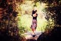 Картинка лес, девушка, природа, мостик