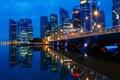 Картинка мост, город, огни, отражение, вечер, сингапур, Singapore