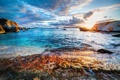 Картинка море, восход, камни, побережье, яхта